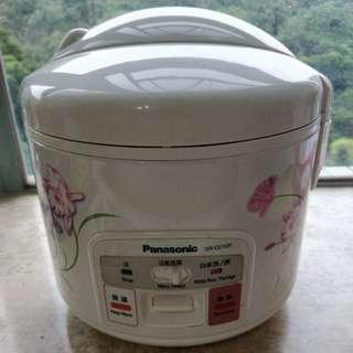 Panasonic SR-CC10F 電飯煲