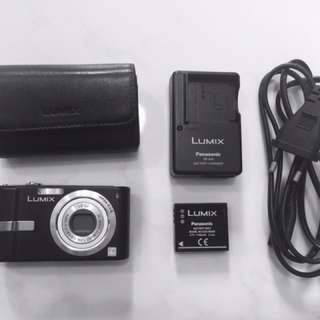 Lightly used Panasonic LUMIX FX12 @ $88!!