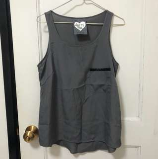 Silky grey tank top with pocket
