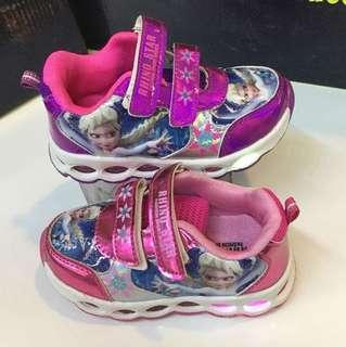 Frozen/light shoes