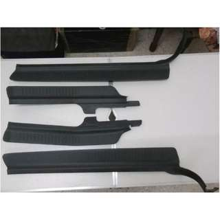 Perdana V6 Door Steps 1 Set