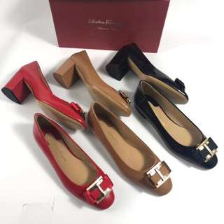Ferragamo high heel 高跟鞋!