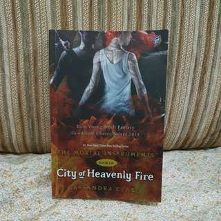 Novel City of Heavenly Fire - Cassandra Clare (Mortal Instruments series book 6)