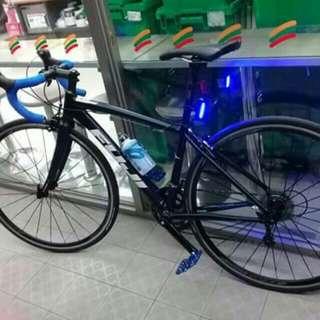 road bike.fuji rush rush. need money.