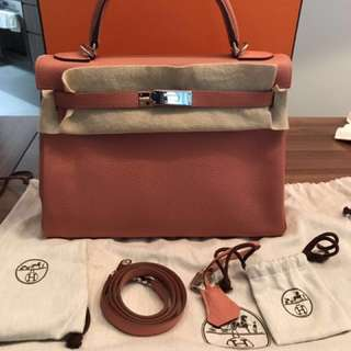 Preloved excellent condition Hermes Kelly 32 Crevette