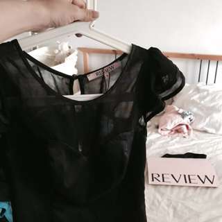 Review Size 6 top