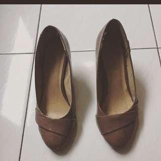 Vicari Heels