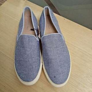 Sepatu Zara Man