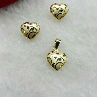 18K Saudi Gold Earring & pendant