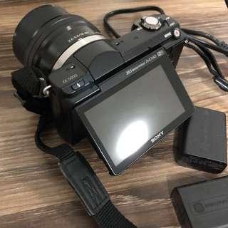 α5000 E-mount Camera with APS-C Sensor
