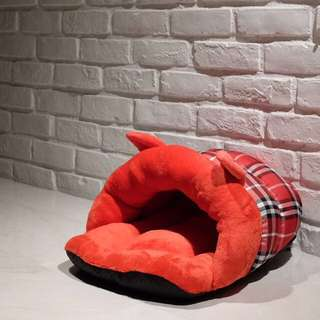 """""""Red Bunny"""" Cat Hiding Bed"""