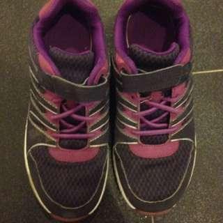 Clarks girls shoes UK2.5 G