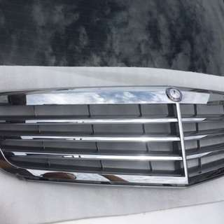 Mercedes c-class w204 front grille
