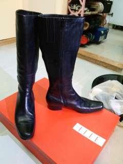 ELLE size36 長靴  ,始終二手,完美者不合!