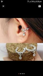 Ear cuff crystal