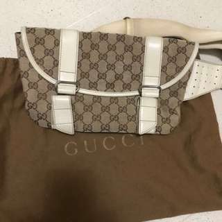 Gucci 腰bag