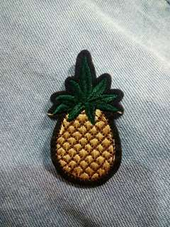 IRON-ON PATCH: Pineapple