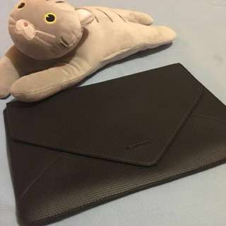 Laptop Sleeve (99.99% flaws free) - almost brand new