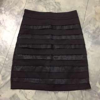 Nafnaf Black Skirt