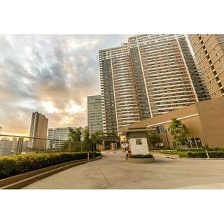 2 Bedroom Condo unit in Mandaluyong. No Down payment. Flexible payment terms. near Malls, Schools, MRT Boni