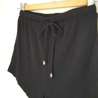 Black high-waisted cotton shorts by Sabo Skirt - XS