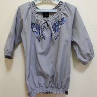 Key-hole embroidered top