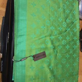 Lv scarf green