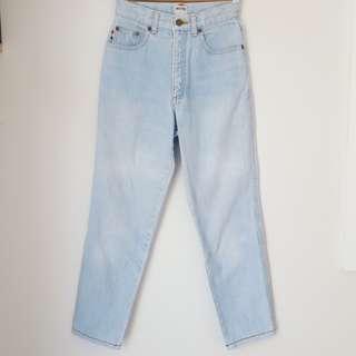 Vintage high-waisted mom jeans / mum jeans - light blue wash - XXS