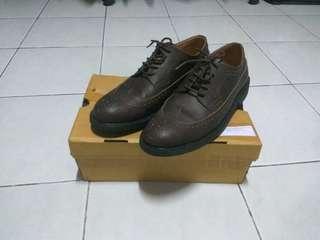 Sepatu kantor Brygan longwing wingtip dress shoes (bukan guteninc, pantofel)