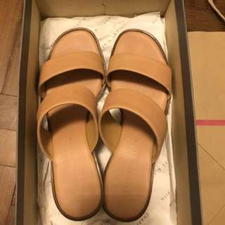 Charles&keith slipper shoes 35 size