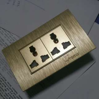 designer socket with usb