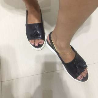 Shoes black