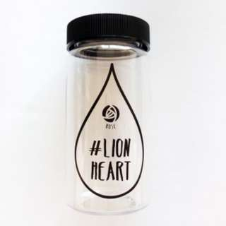 "Girls' Generation ""Lion Heart"" Bottle"