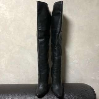 *Price Down* Black leather boots