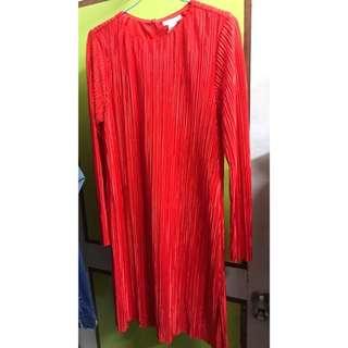 H&M紅色洋裝#過年前清倉#冬季衣櫃出清