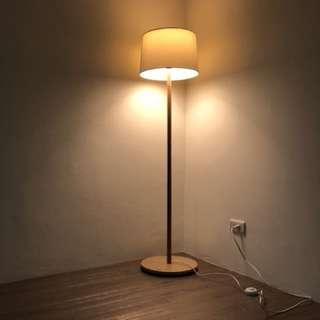 無印良品 大型立燈