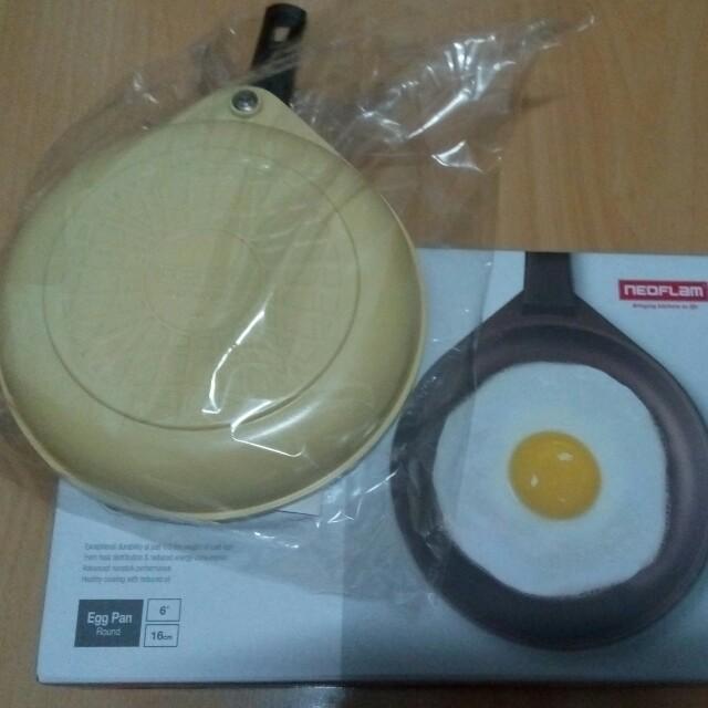 黃色圓形鬆餅鍋