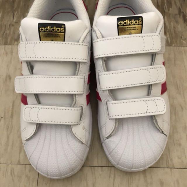 Adidas 大童女鞋