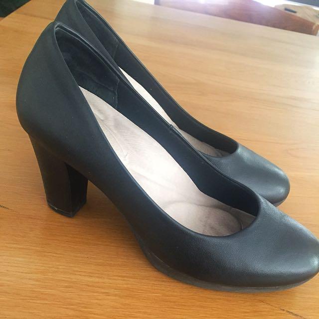 Airflex Black Work Heels