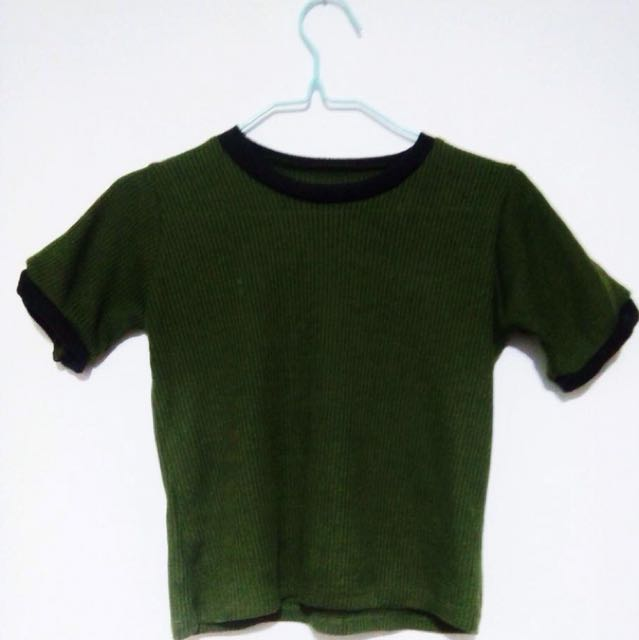 aa063f34db6 Army Green Crop Top, Women's Fashion, Clothes, Tops on Carousell