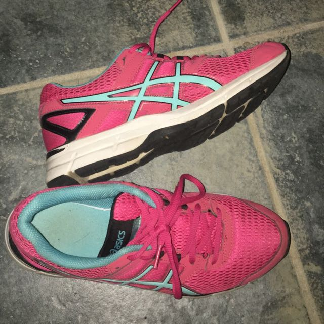Asics Runing shoes
