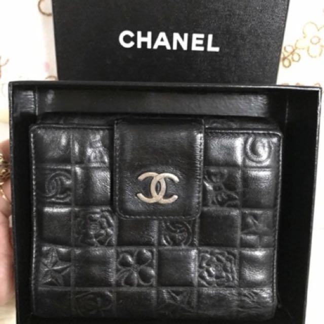💯authentic Chanel wallet