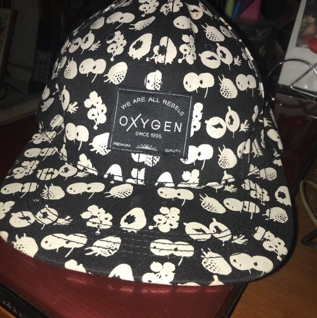 Authentic Oxygen Black Cap