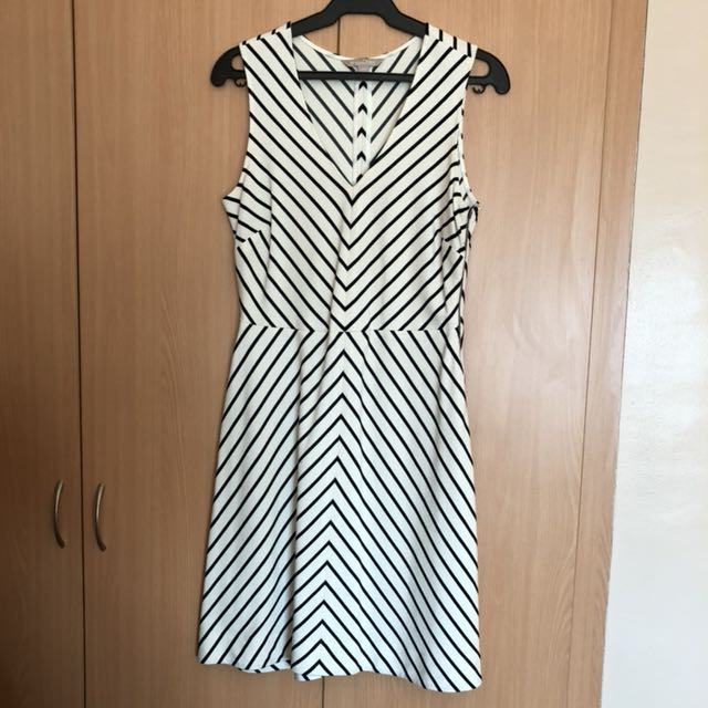 Banana republic stripe dress