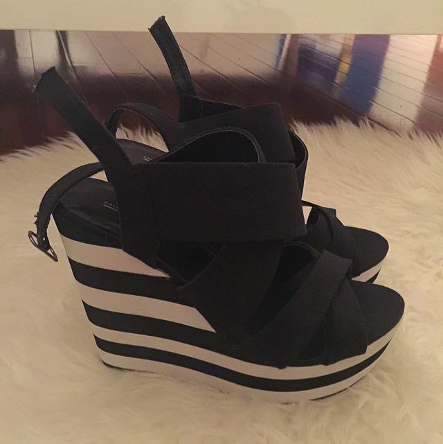 Black & White Summer Wedge Sandal
