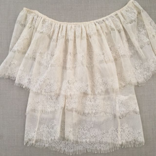 Boho lace off the shoulder top cream