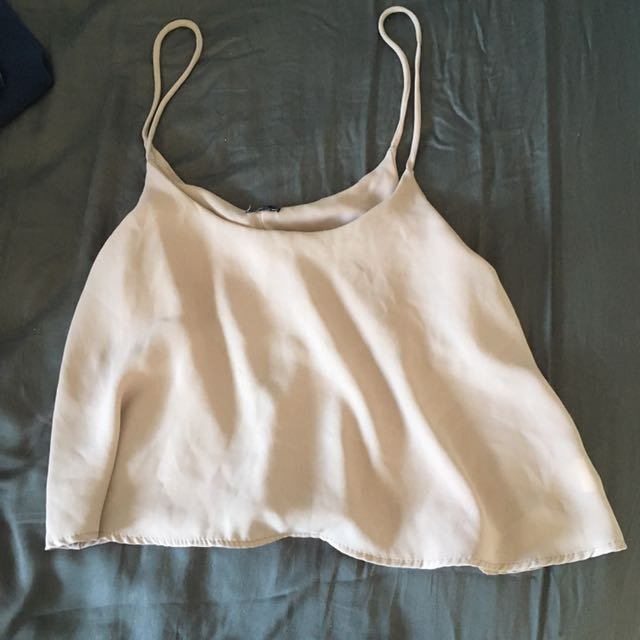 Brandy Melville cropped top (one size)