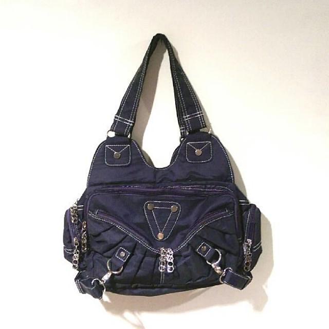Cosé Shoulder Bag