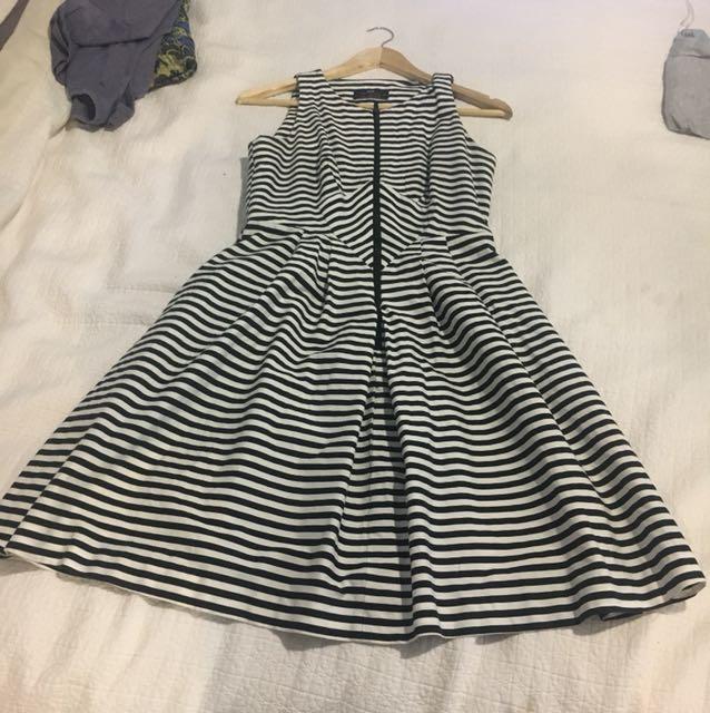 Cue dress - size 8
