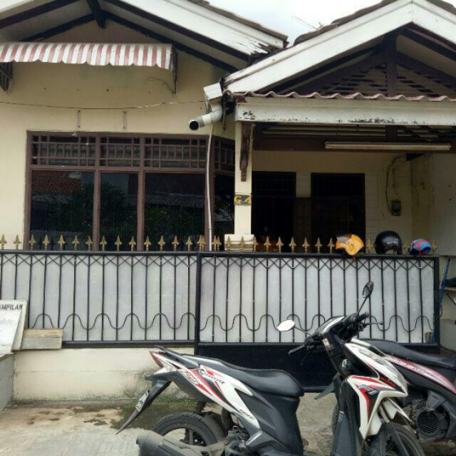 Di Kontrakan Satu Rumah